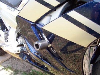 R&G Classic style Frame Sliders - Yamaha FJR1300 06-