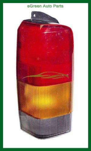 97-01 Cherokee Tail Light Lamp Right